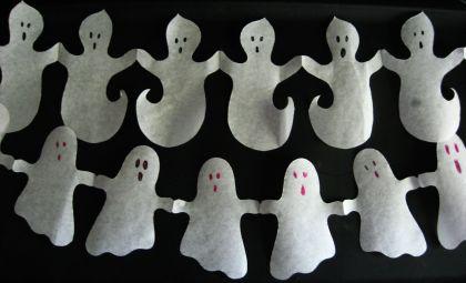 ghost-garland-
