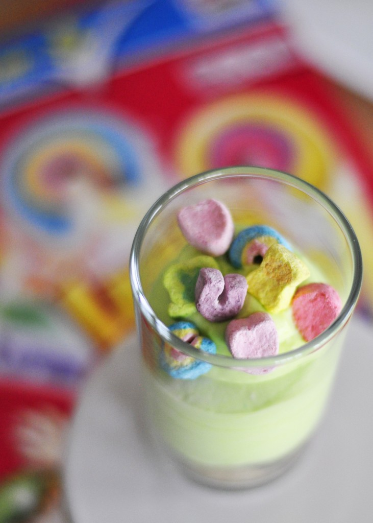 Lucky Charms Mini Cheesecakes