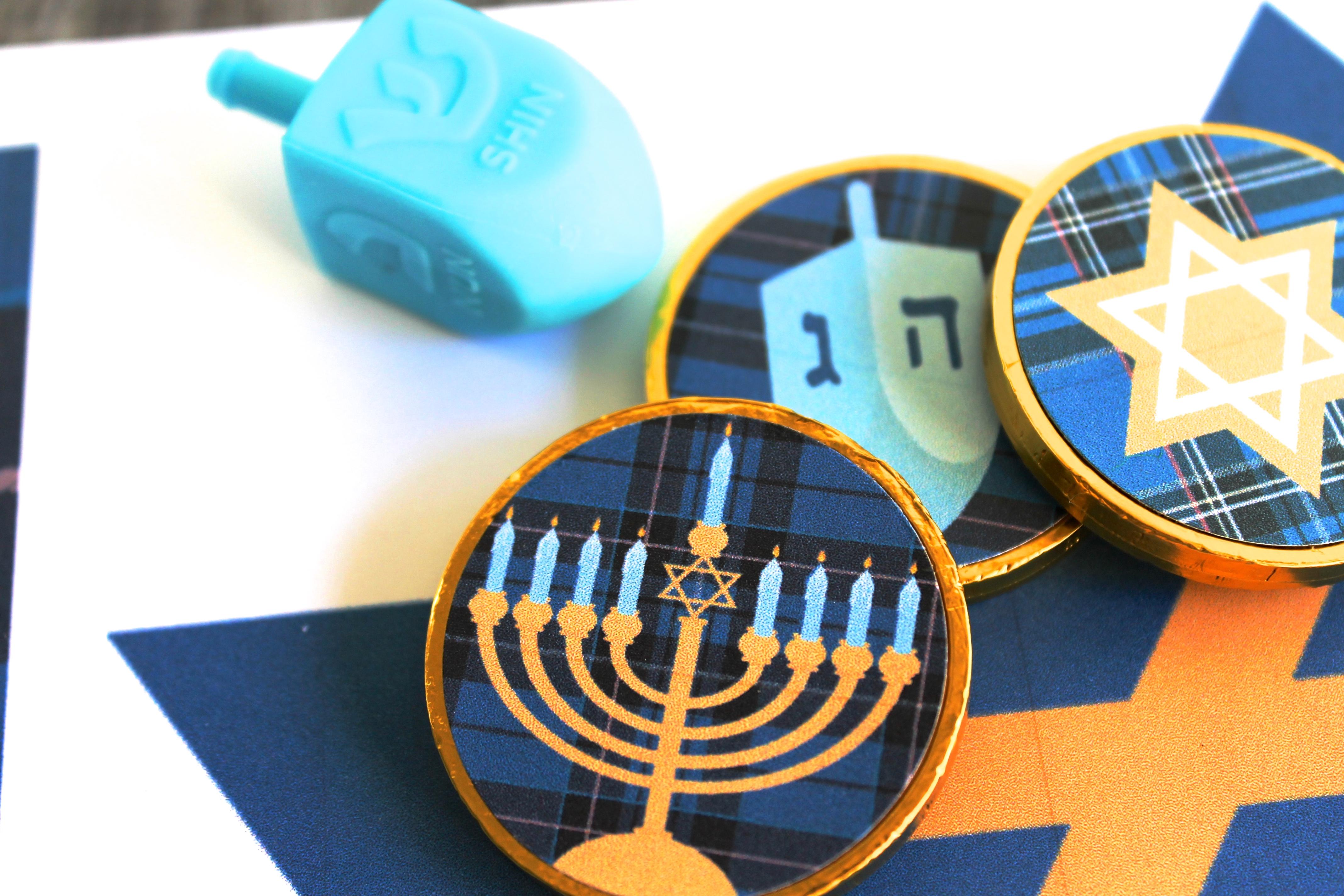 Hanukkah Dreidel Game - Everyday Party Magazine
