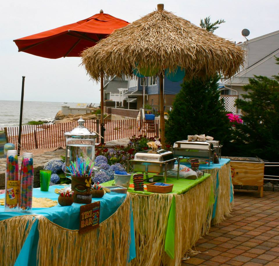 Luau party everyday party magazine for Luau decorations