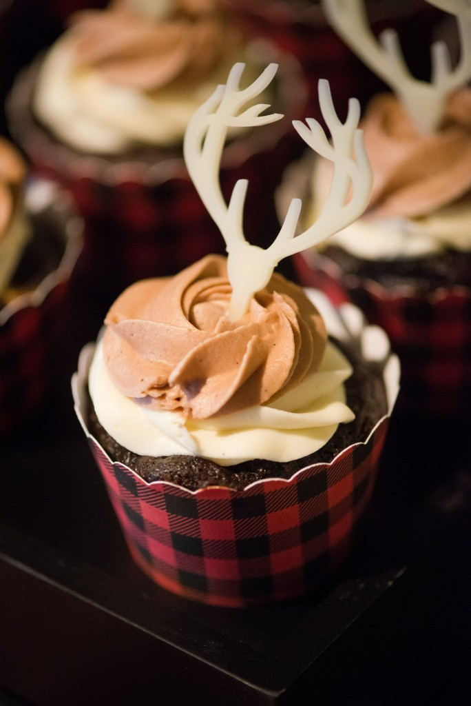 Tips for Throwing a Favorite Things Holiday Party
