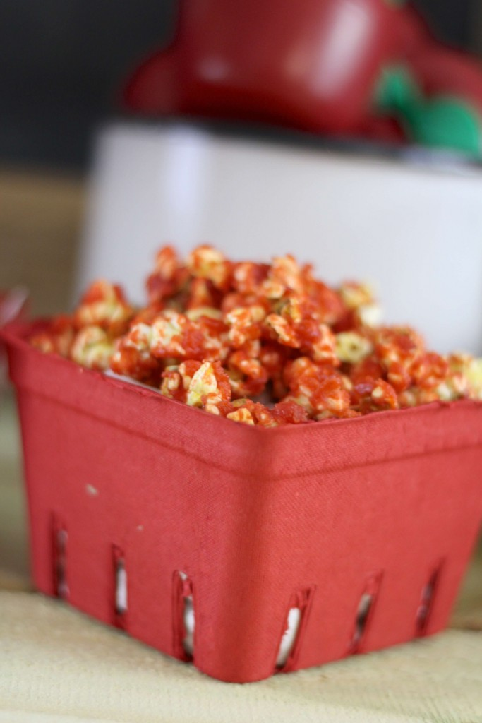 Simple Caramel Apple Popcorn