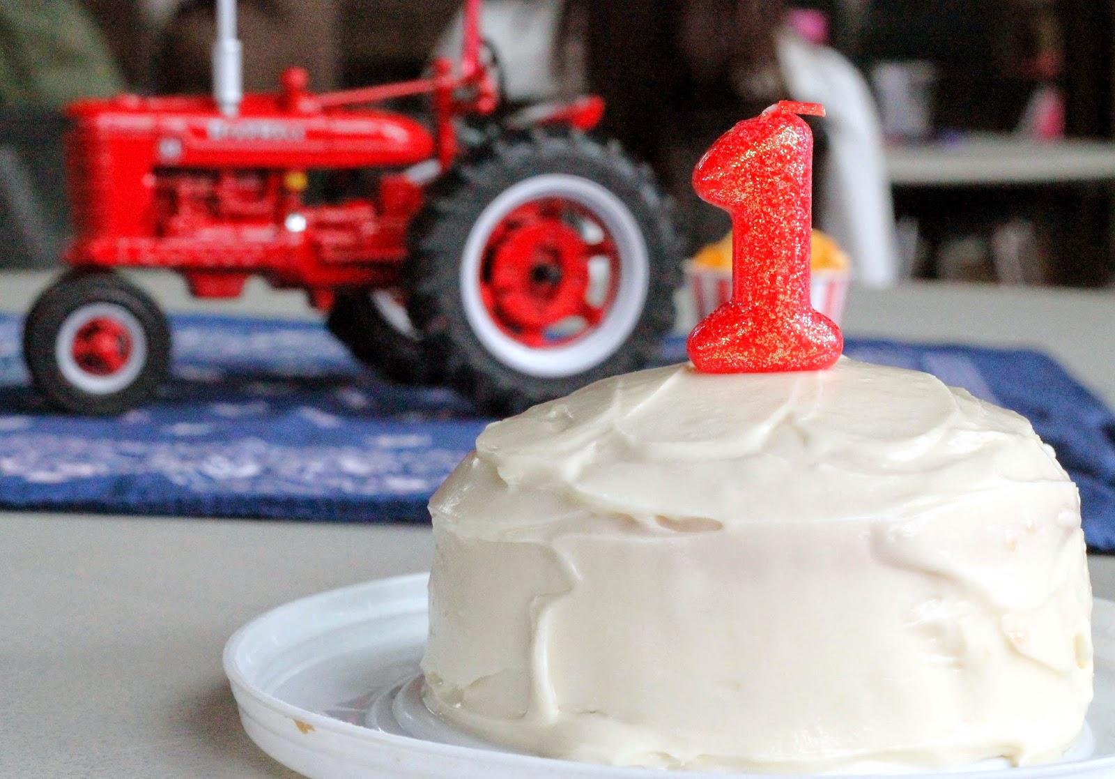 Farmall Decorating Ideas : Farmall st birthday party everyday magazine