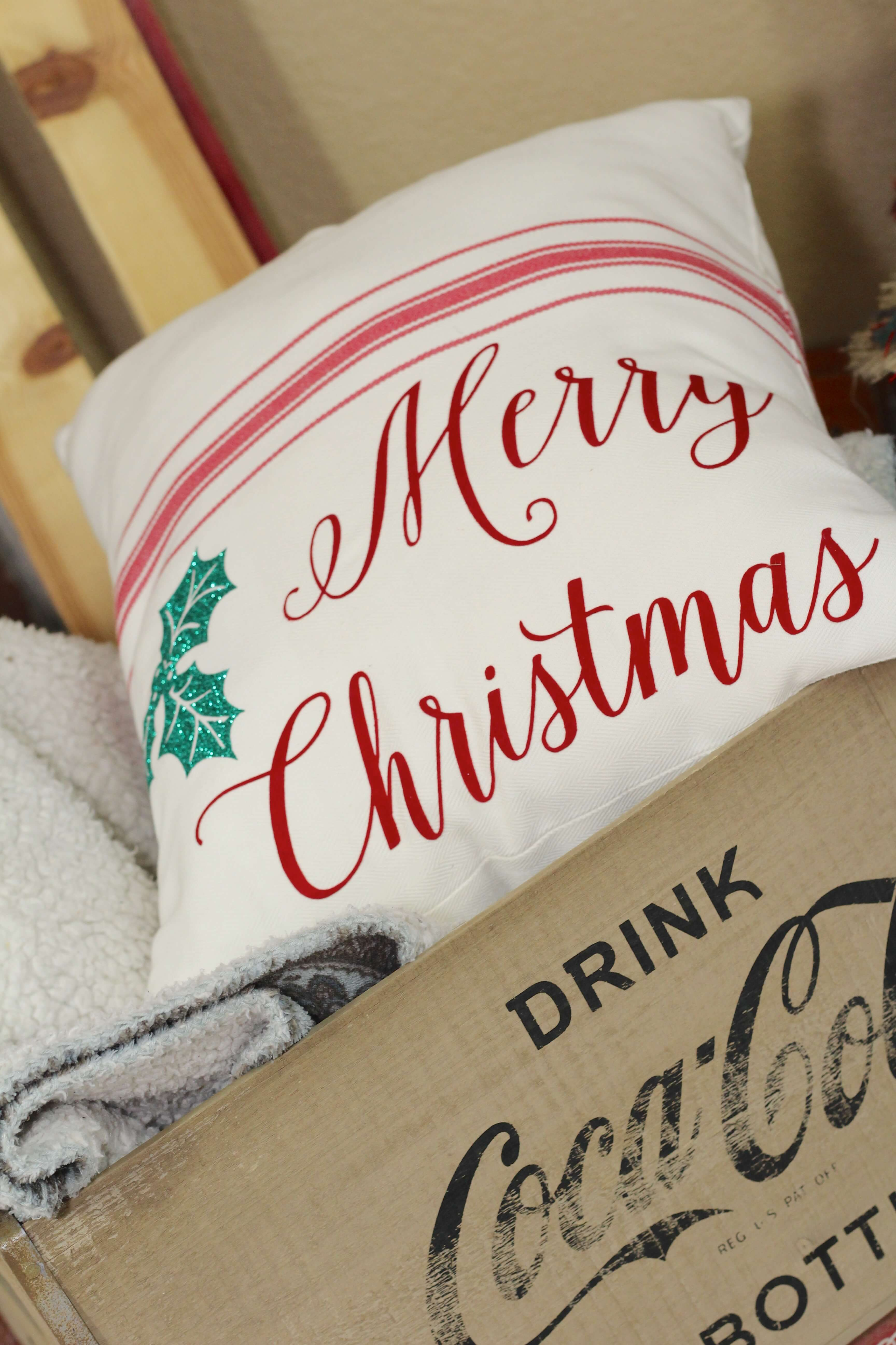 Simple Holiday Pillow Diy Everyday Party Magazine