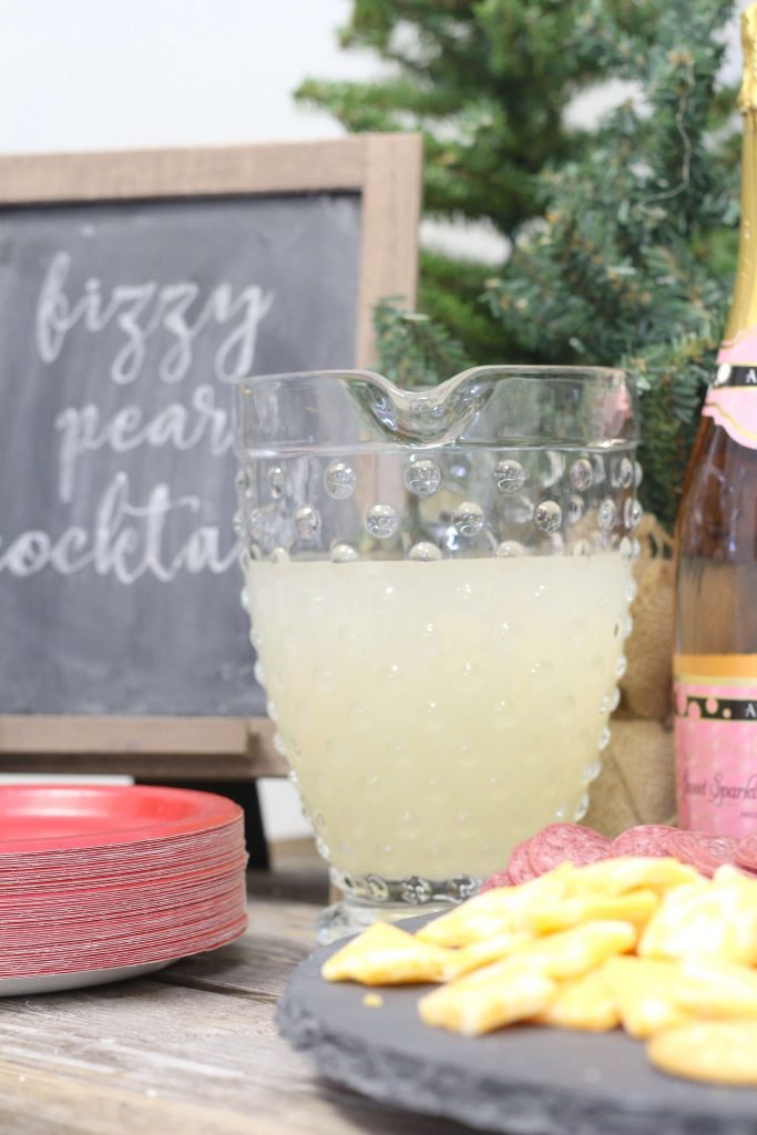 Pear Fizz Cocktail