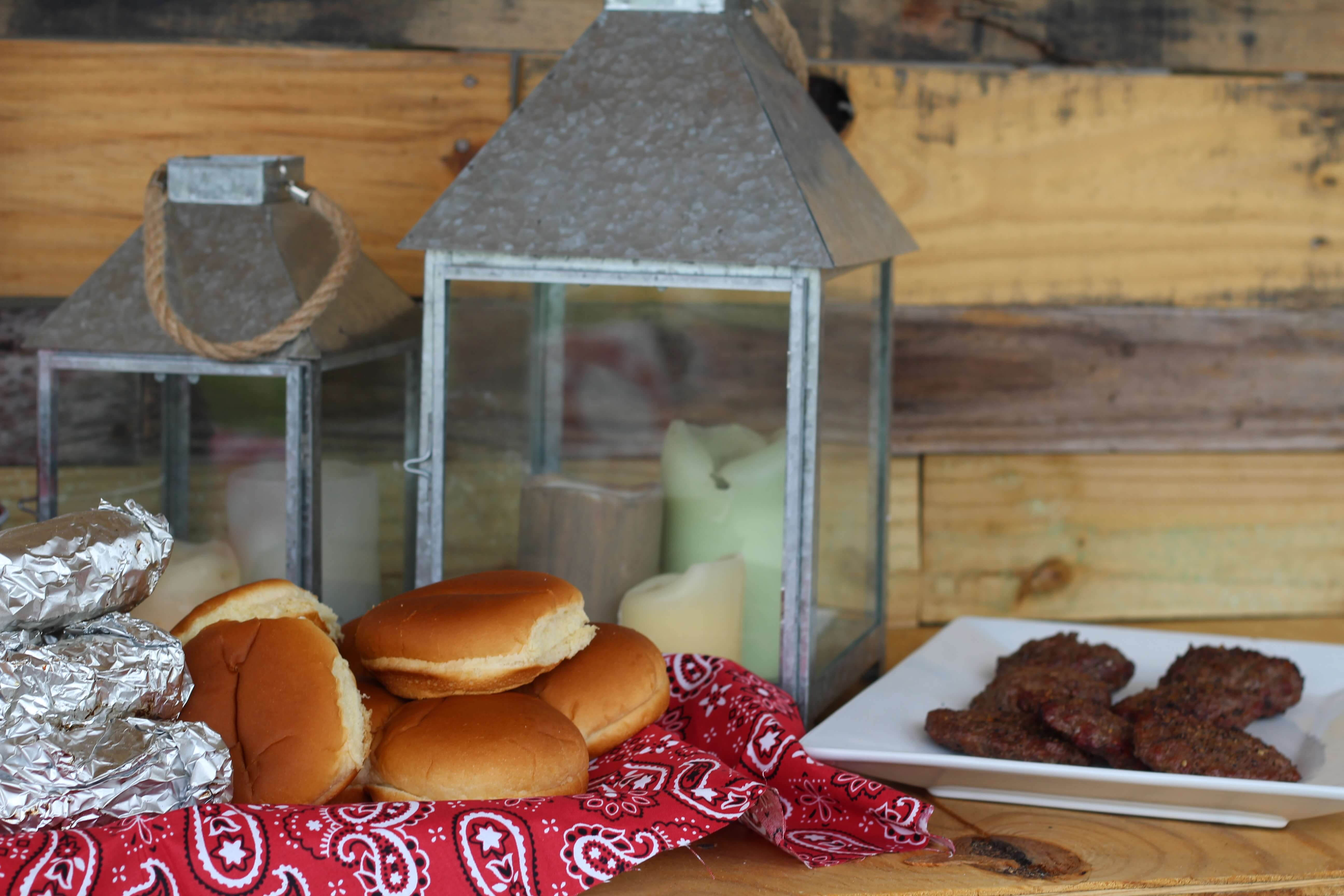 Everyday Party Magazine Backyard BBQ
