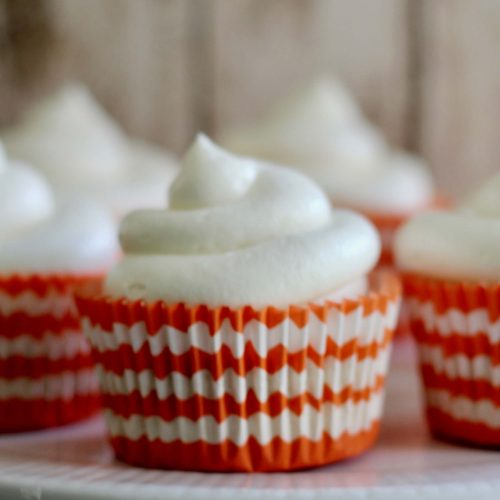Everyday Party Magazine Pumpkin Spice Cupcakes