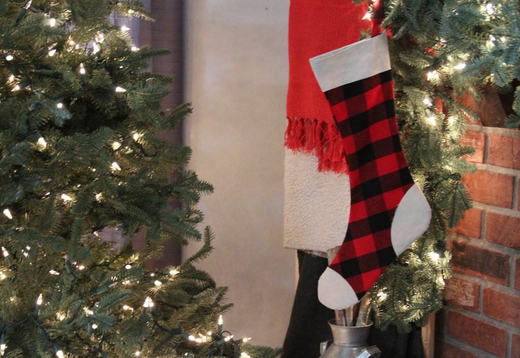 Simple No Sew Stocking with Cricut