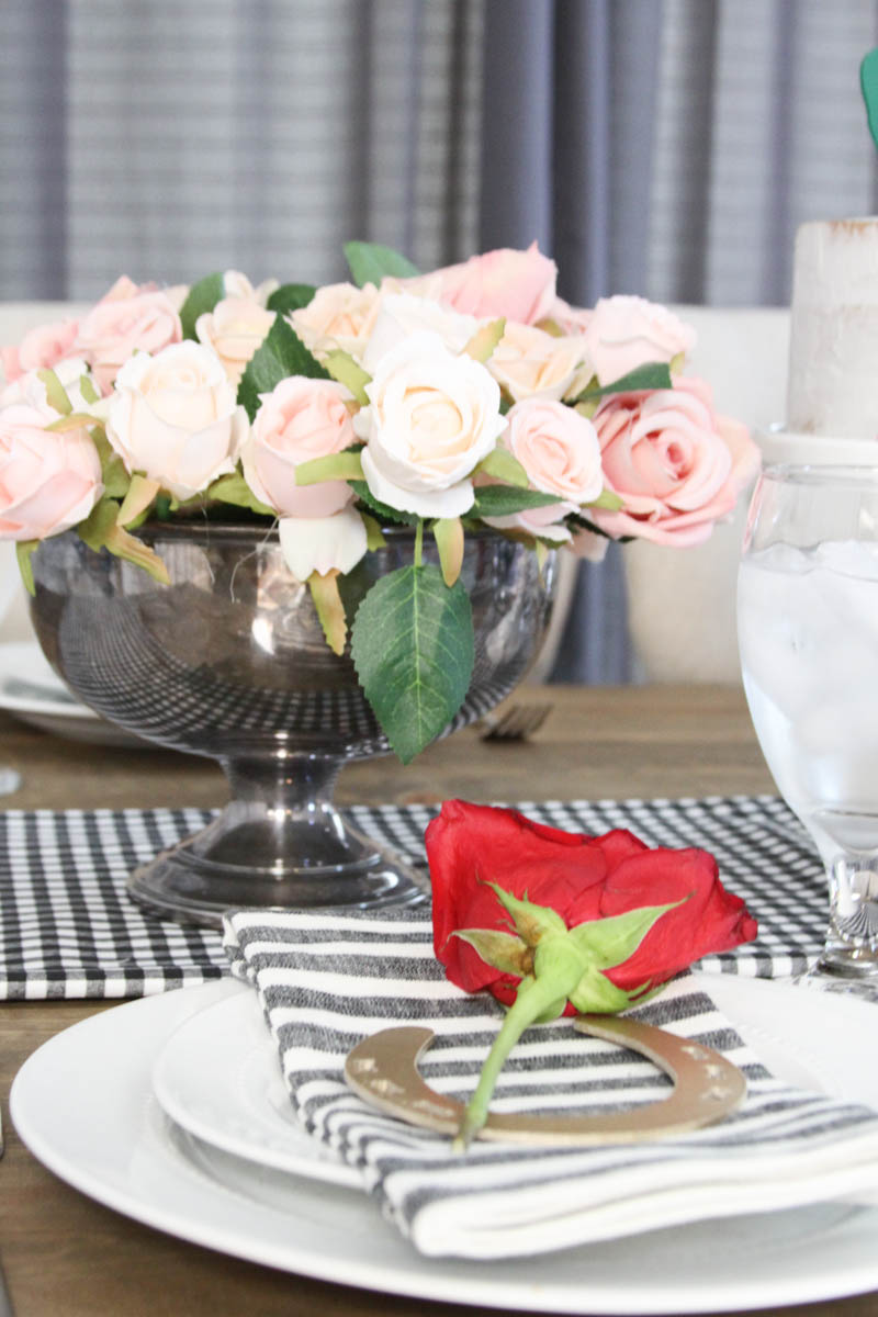 Everyday Party Magazine Kentucky Derby Tablescape #KentuckyDerby #Race #DerbyParty #Tablescape