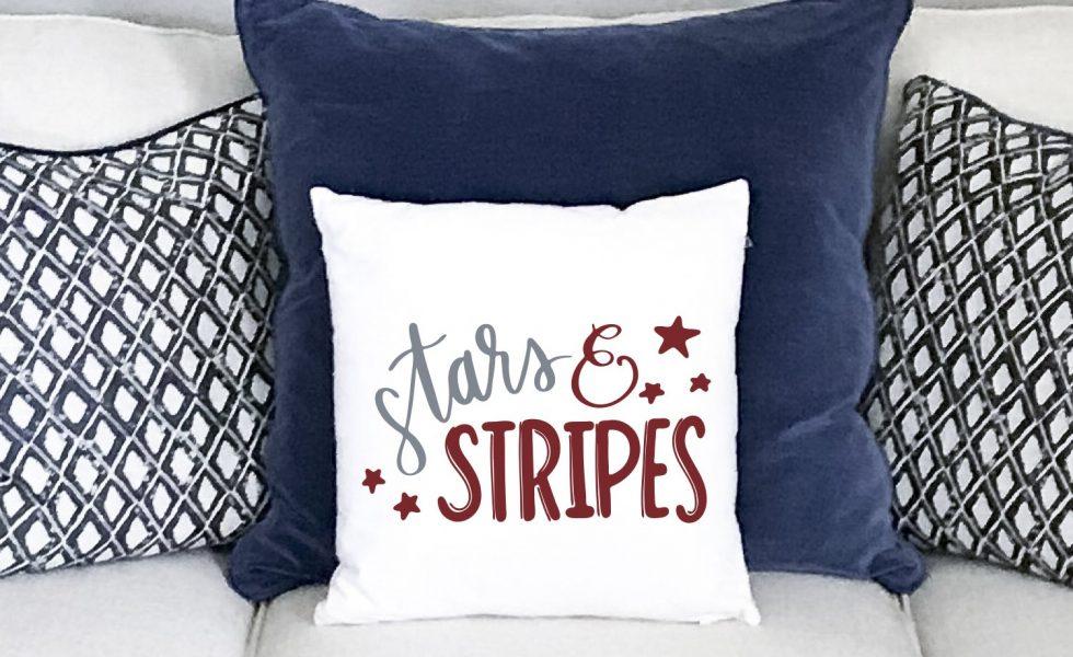 Everyday Party Magazine Stars And Stripes Pillow #CricutMade #DIY #SVG #Patriotic #StarsAndStripes