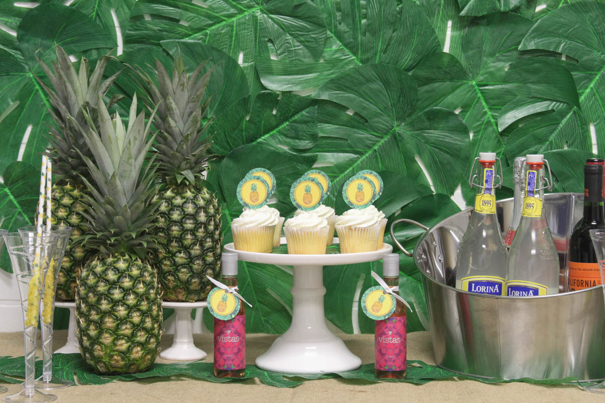 Everyday Party Magazine Tropical Bridal Shower #Tropical #Luau #BridalShower