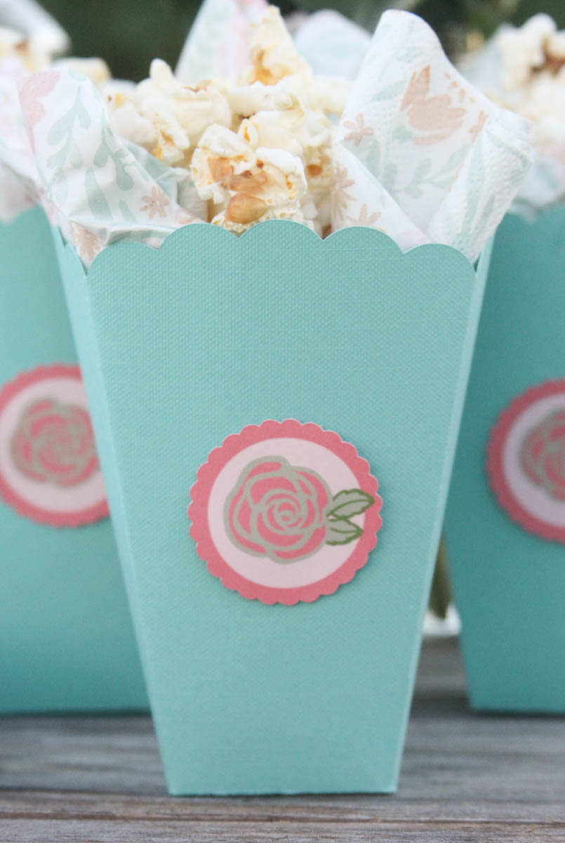 Everyday Party Magazine DIY Treat Boxes #CricutMade #Cricut #MarthaStewarCelebrations #BabyShower #TreatBoxDIY