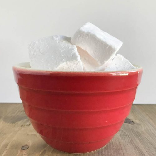 Everyday Party Magazine Strawberry Lemonade Marshmallows #Recipe #Marshmallows #SummerFoods