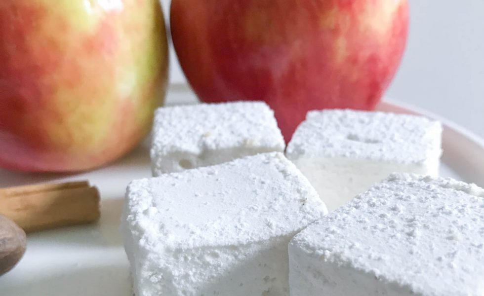 Make these amazing Apple Pie Marshmallows for Fall #ApplePie #Marshmallow #Recipe