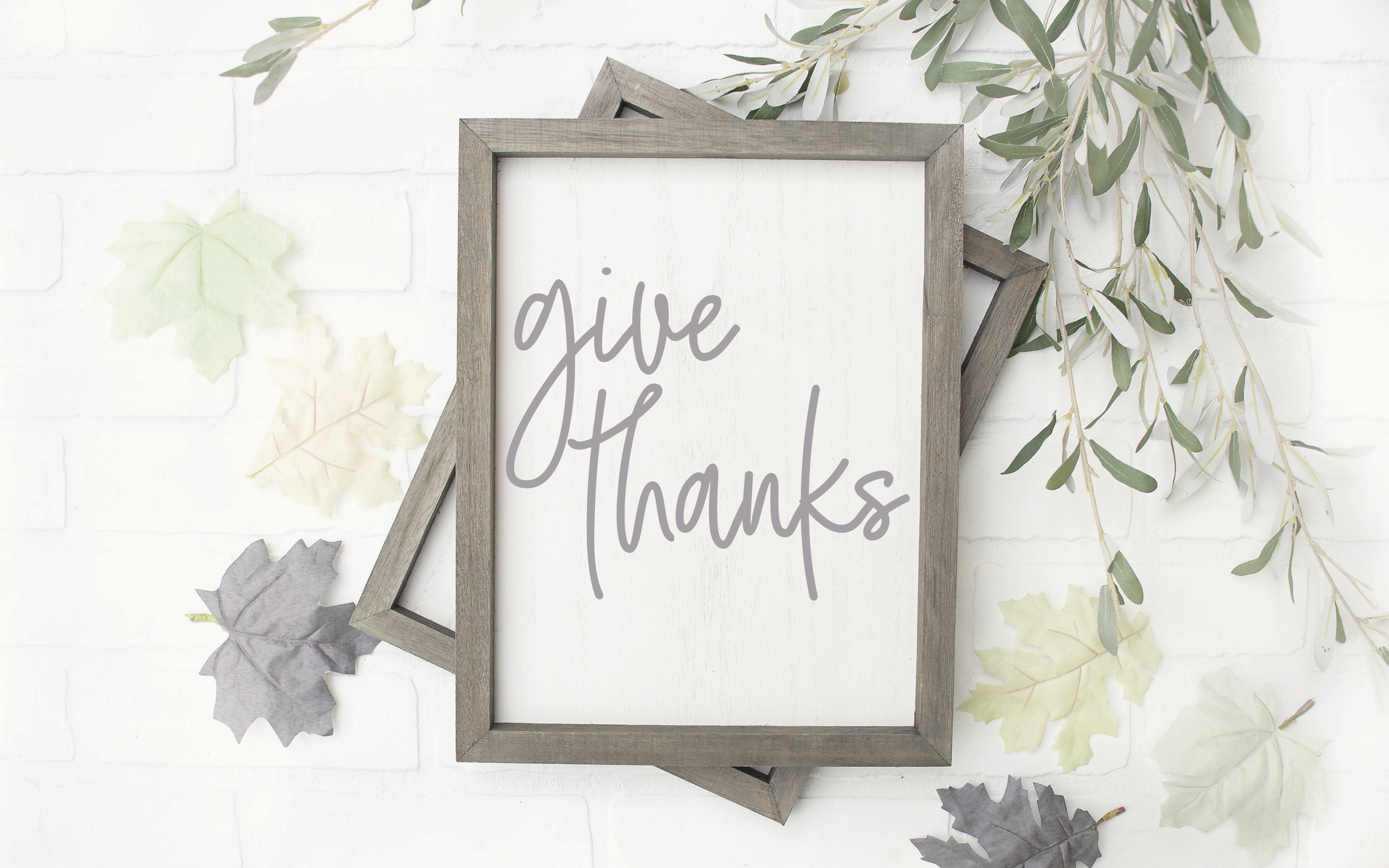 Farmhouse Give Thanks Sign Fall Leaves