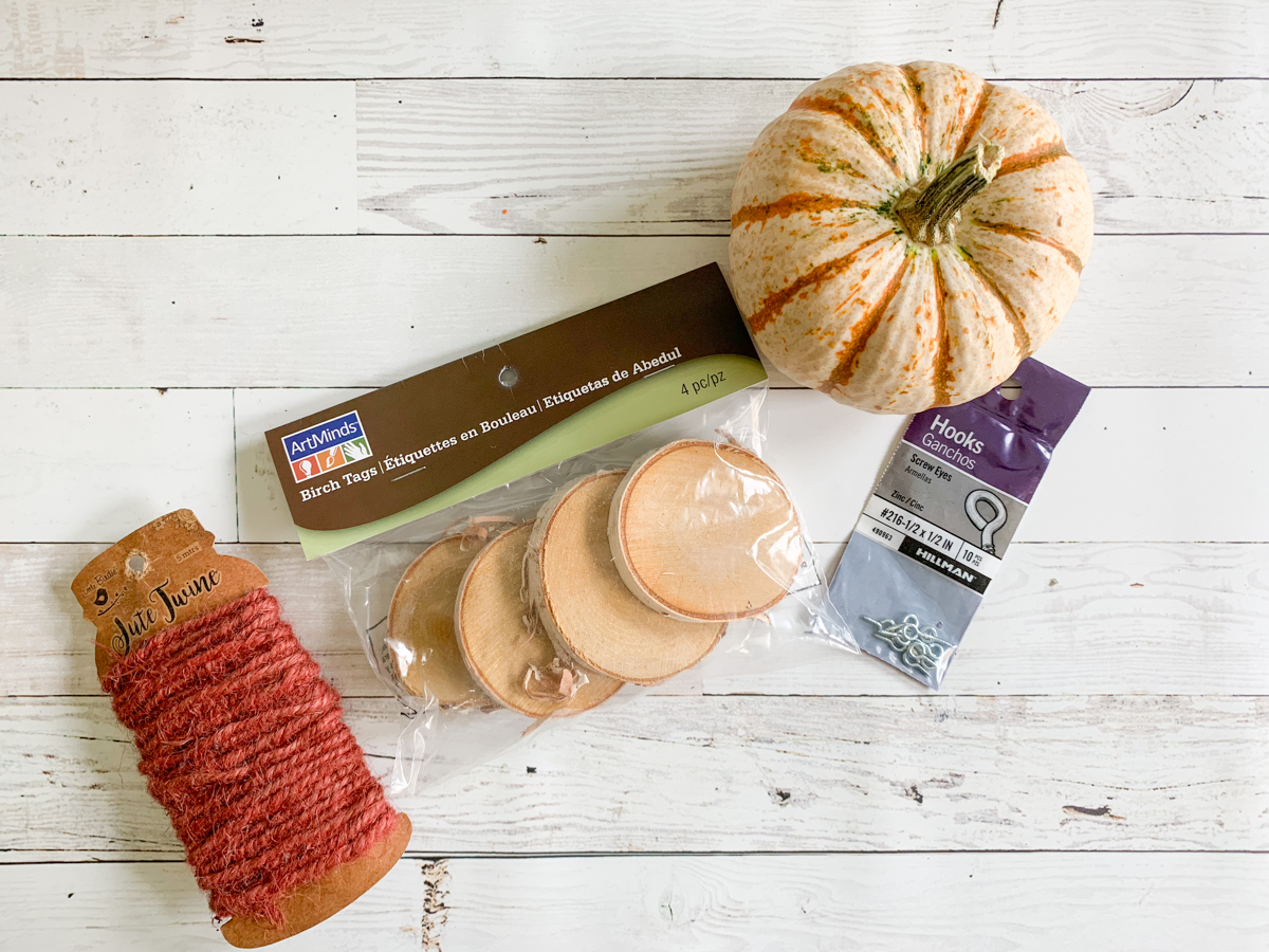 Wood discs jute eye hooks pumpkin